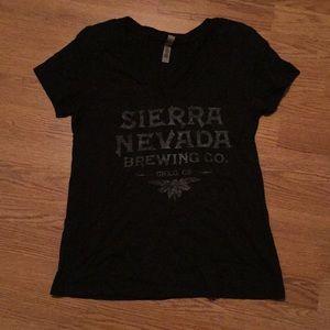 Tops - Sierra Nevada V neck